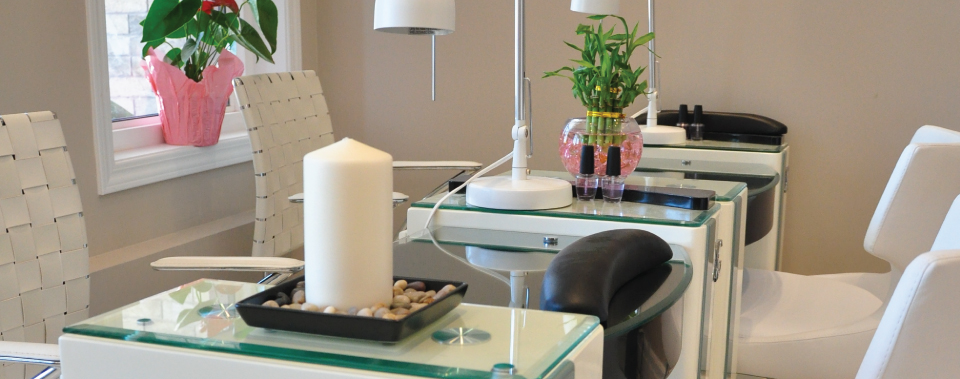 Beauty salon and spa in Brampton
